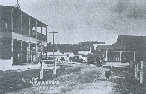 The Boulevard Woy Woy early 1900's