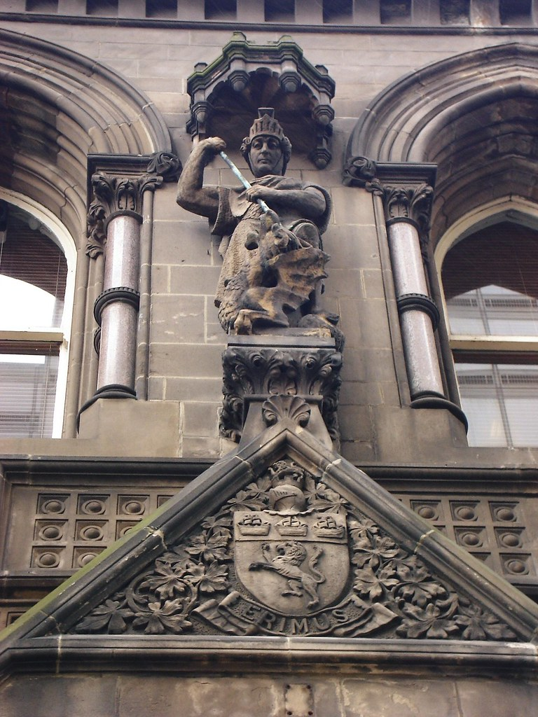 Middlesbrough Town Hall - St George and The Dragon and Middlesbrough Arms by Margetson and Co. of London above main entrance Albert Road