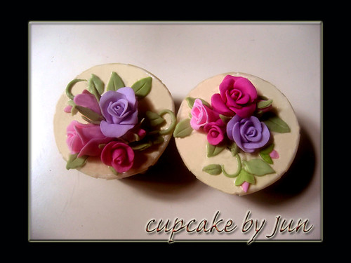 sweet roses for Murni by Cupcakekasih.