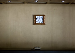 Hotel Reception - North Korea (Eric Lafforgue) Tags: pictures travel clock del hotel photo war asia republic picture korea il kimjongil korean reception socialist asie coree norte northkorea nk ideology axisofevil dictatorship  eastasia sung  corea dprk  coreadelnorte stalinist juche kimilsung nordkorea 6979 lafforgue kimjungil  democraticpeoplesrepublicofkorea  ericlafforgue   coredunord  coreadelnord   coreedusud dpkr northcorea juchesocialistrepublic coreedunord rdpc koreankim jongilkim peninsulajuche  stalinistdictatorship jucheideology kimjongilasia insidenorthkorea  rpdc   demokratischevolksrepublik coriadonorte  kimjongun coreiadonorte