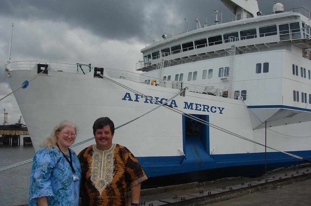 Denise and Rob in front of the Africa Mercy
