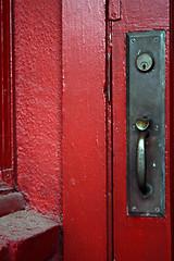 Red Door (carlos.guerrera) Tags: door wood red corner lock silverlake 1855mm brass auntieems guerrera