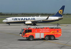 Ryanair      Boeing 737     EI-EBB (Flame1958) Tags: rescue boeing ryanair emergency dub 737 0511 dublinairport firerescue b737 smbc fireservice boeing737 2011 r9 daa airportfirerescue eidw rescue9 eiebb dublinairportauthority 230511 smbcaviation smbcleasing