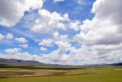 Free World (Luo Shaoyang) Tags: china sky nature clouds landscape nikon scenery tibet    soe madeinchina    luo  naturesfinest     nikond200   supershot      landscapephotos mywinners platinumphoto anawesomeshot superaplus aplusphoto ultimateshot diamondclassphotographer luoshaoyang