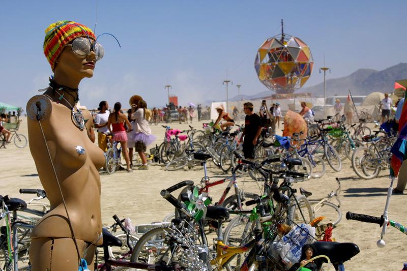 голый фото фестиваль