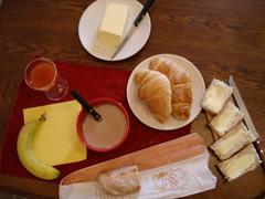 petit déjeuner 26/01/2008 (Mr-Pan) Tags: morning fruit bread pain jus juice butter croissant banane morgen brot chocolat matin beurre saft petitdéjeuner breakfeast früschtück