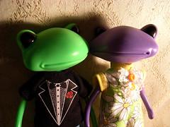 Happy Couple!! (AddictedToPlastic) Tags: misty wonder wanda doll frog squeakymonkey squeakytee addictedtoplastic redlolly