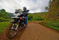 Twisties Machine (Motographer) Tags: family nikon motorcycles wideangle karnataka kk kemmanagundi karizma herohonda sigma1020mm bababudangiri chikmagalur motography motorcyclegetaways