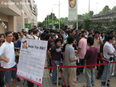 Large-Crowds