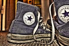 Chucks HDR (Tocker) Tags: germany carpet deutschland shoes ground converse schuhe chucks hdr teppich boden hdraward