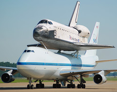 NASA Boeing 747-123(SCA) (N905NA) & Space Shuttle Atlantis Orbiter (OV-104) (Michael Davis Photography) Tags: photography aviation nasa spacetravel boeing spaceshuttle boeing747 b747 fortcampbell n905na khop spaceshuttleatlantis ov104 boeing747100sca spaceshuttletransport