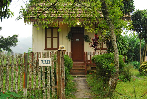 Paranapiacaba casa do tim burton flickr photo sharing - Casa tim burton ...