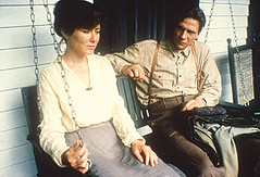 Elma (Mary McDonnell) and Joe (Chris Cooper)