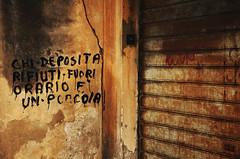 Augusta (Italy) - Qui deposita rifiuti fuori orario  un... (Danielzolli) Tags: italien italy italia sicily augusta rifiuti italie sicilia siracusa orario sizilien sicilie wochy italija sycylia taliansko taljansko syrakusa
