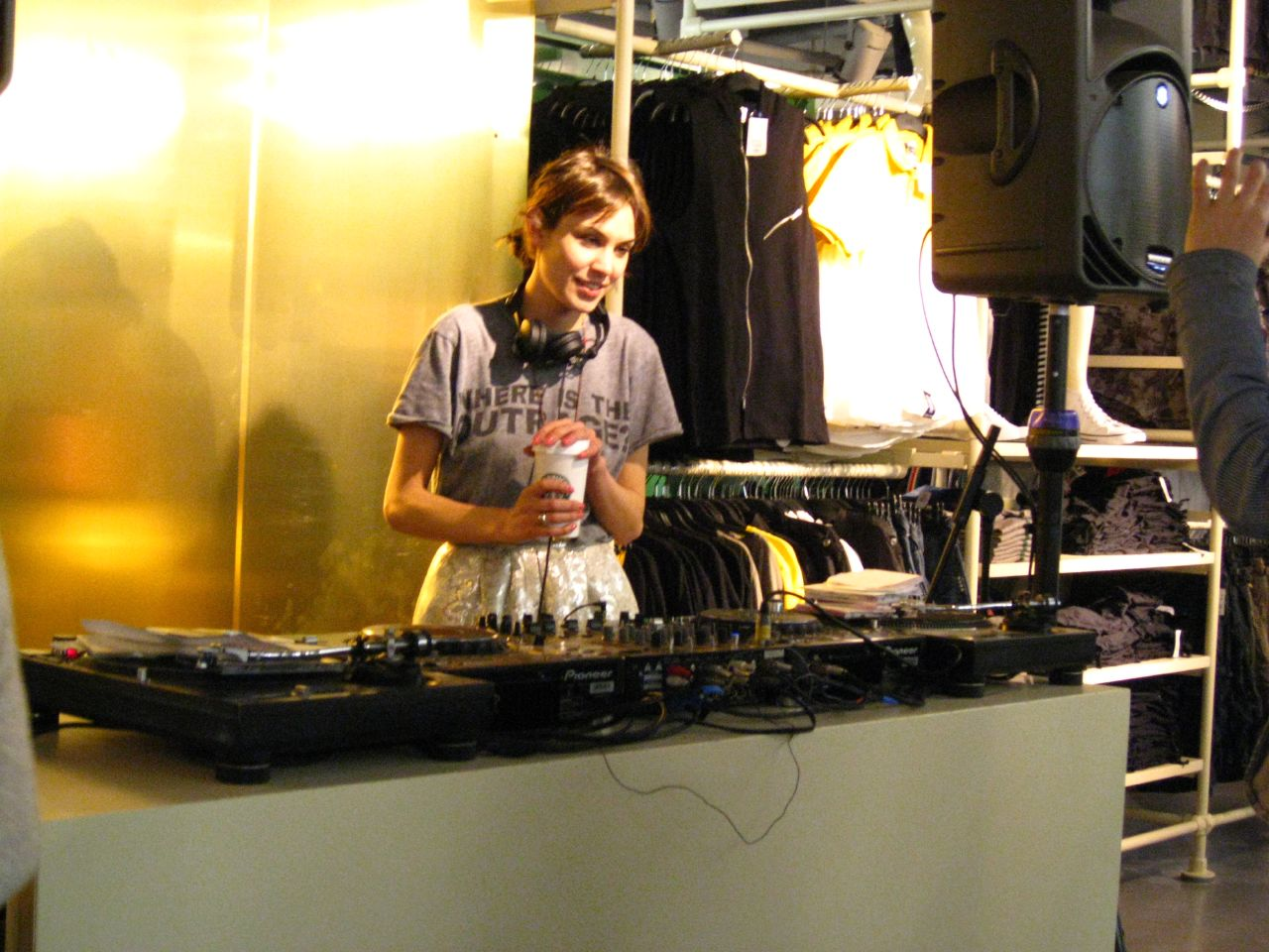 More pictures of her DJ set at