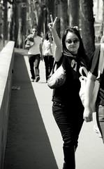peace on avenue de new york, paris (D4Dee) Tags: street paris girl peace hand arm cities sunny places duotone peacesign rue victorysign canoneos400d avenuedenewyork victoty candidnotcandid