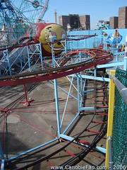 Big Apple (Canobie Fan) Tags: new york usa apple brooklyn geotagged big steel 2006 roller coaster astroland canobiefan