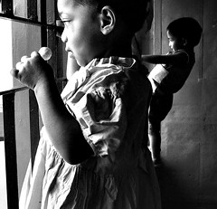 |/ (Monia Sbreni) Tags: blackandwhite bw india blancoynegro children asian blackwhite asia bambini indian centro bn indie kolkata bengal bianconero calcutta biancoenero bengali blanconegro motherhouse bengala bwemotions shishu bnpersone shishubhavan moniasbreni