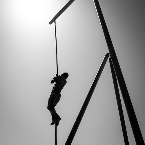Climbing in Venice Beach - Los Angeles, United States - Black and white street photography