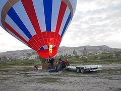 Hot Air Balloon in Greme (ChihPing) Tags: panorama hot green digital pen sunrise turkey lite tour zoom air balloon olympus hotairballoon kit zuiko cappadocia 43 greme goreme   m43  1442 fourthird  1442mm greentour epl1   microfourthird   cappadociagreentour