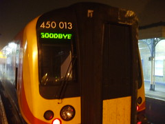 train saying goodbye (VPE-) Tags: train platform hampshire goodbye 450 013 southwesttrains aldershot rushmoor 450013