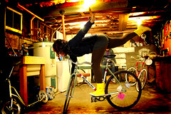 (Lay-Luh) Tags: seattle house girl bike track gear squid fixed pista bianchi trackstand