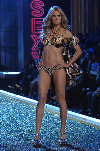 vs-fashion-show-2007-1351