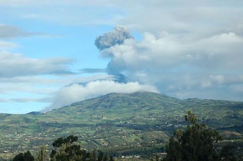Ash plume from Tungurahua