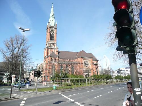 Johannes Church Düsseldorf por exo_sh.