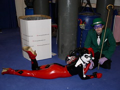 Harley Quinn and Riddler (excalipoor) Tags: nyc newyorkcity ny newyork comic cosplay manhattan center harley geeks convention quinn 2008 comiccon con riddler harleyquinn comicconvention javits javitscenter nycc  nycomiccon newyorkcomiccon 2k8  nycc2008 newyorkcomiccon2008 nycomiccon08 nycc08 nycomiccon2008 newyorkcomiccon08