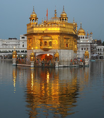 Dawn at the Golden Temple (xhunter83) Tags: india punjab amritsar goldentemple totalphoto abigfave templodorado anawesomeshot impressedbeauty theperfectphotographer