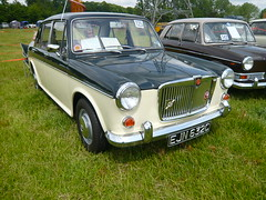 1965 MG 1100 (Trigger's Retro Road Tests!) Tags: photos mg 1968 essex 2009 colchester rallye olde 1965 tyme 1100 1300 ado16 aldham