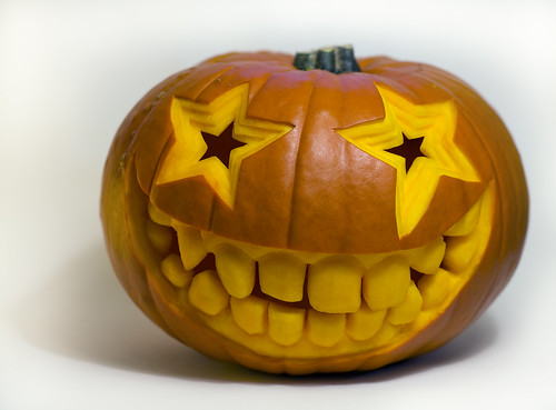 smiley pumpkin / philip hay