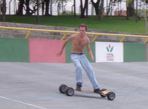 Carveboard no Velódromo, em Curitiba