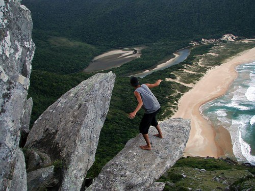 Surfando no Morro da Coroa / Surfing on the Crown Mount