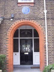 Photo of Robert Graves blue plaque