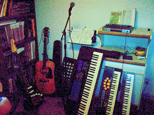 Pigfarmer Jr.'s (Tom) Mini Studio
