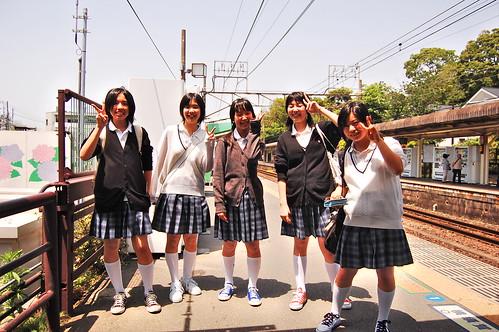 Schoolgirls in kamakura