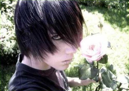 emo guys with black hair and blue eyes. How to Make Emo Hair