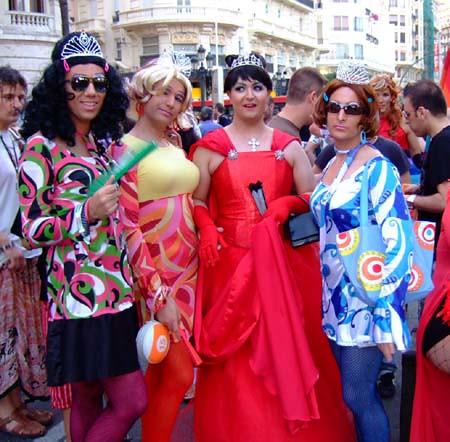 Imágenes de la manifestación del Orgullo Gay en Valencia, 28-06-08