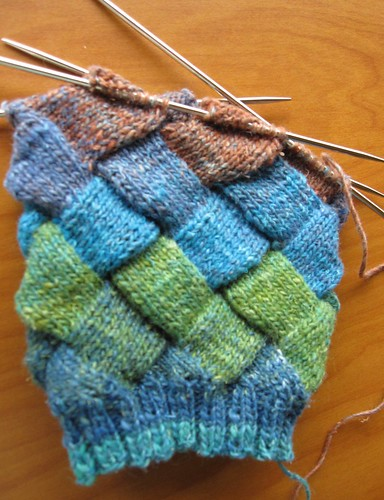 entrelac fingerless mitts