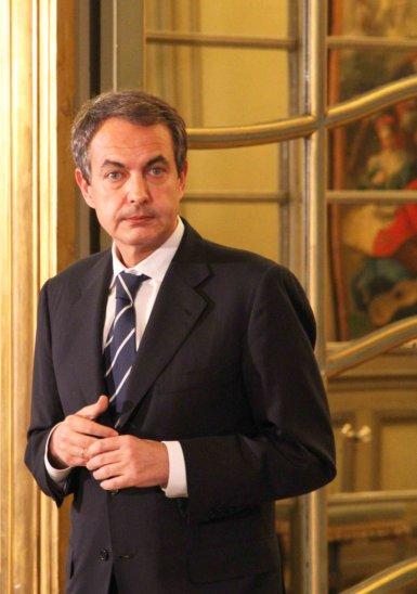 11c19 Zapatero se va a la guerra de Libia_0061 variante baja