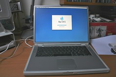 Powerbook G4 Titanium (Co & Isa) Tags: apple vintage powerbook macintosh design g4 laptop osx titanium titane