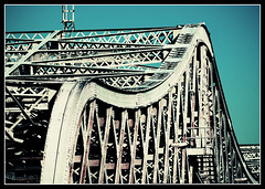 BxMh_Bridges_02 (Pro-Zak) Tags: nyc bridge bronx harlem manhattan curves gothamist swingbridge willisavenuebridge timothyvogel