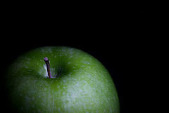 Granny Smith (HamWithCam) Tags: longexposure atlanta macro green apple studio 50mm atl dec hamwithcam hwc decatur onblack cinefoil