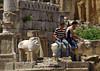 El que no s'ha de fer en un jaciment arqueològic, Santuari d'Apol·lo, Cirene