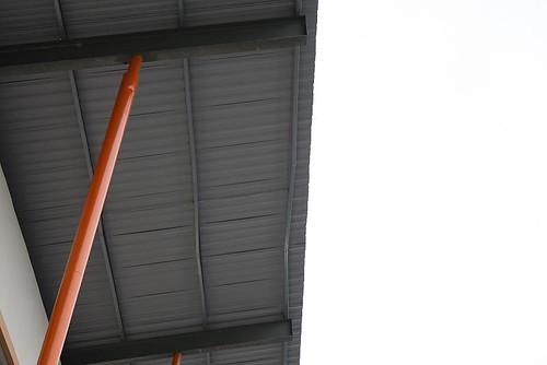 Roof truss bent