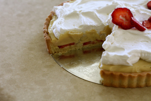 Strawberry Banana Cream Pie for On the Lamb