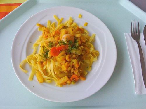 Shrimps-Currynudeln / curry noodles with shrimps