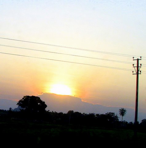 sunset on the road to Tumkur